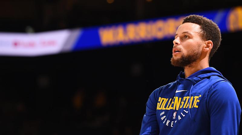 Steph Curry back in Warriors' starting lineup against Raptors