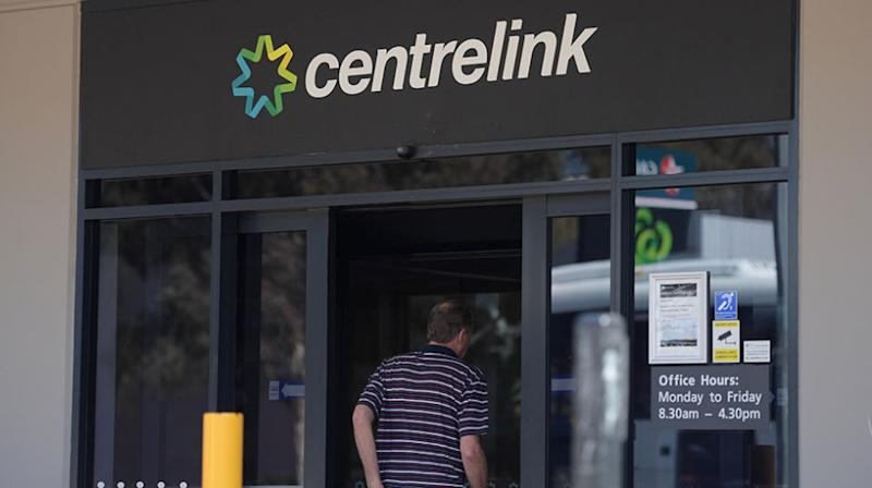 The federal government is pursuing almost 170,000 Australians with unpaid welfare debts totalling more than $900 million. Source: AAP