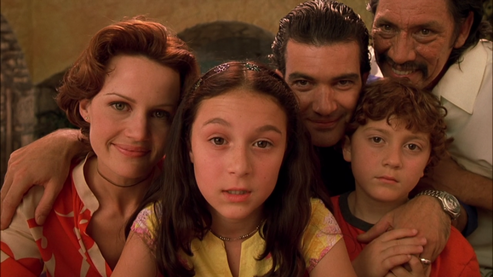 Robert Rodriguez opens up about his fight to keep Spy Kids' family Latino. [Image by Dimension Films]