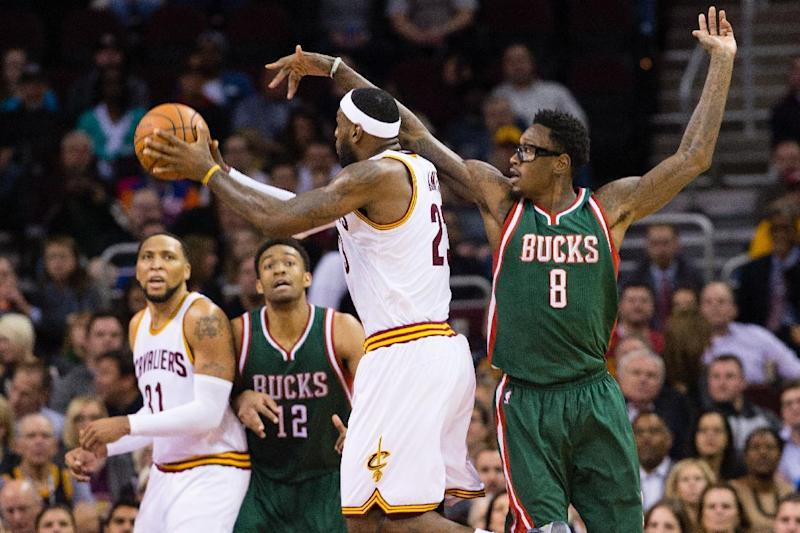 Basketball - Sanders returns to sign with Cavs - team