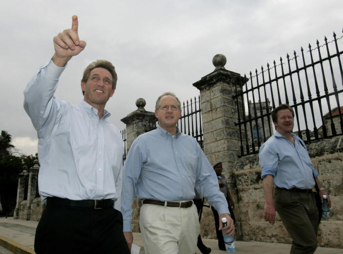 Then-Rep. Jeff Flake and fellow Congressman Mike Conaway in Old Havana in 2006. Flake led a bipartisan delegation for a three-day visit to Cuba. (Photo: Reuters)