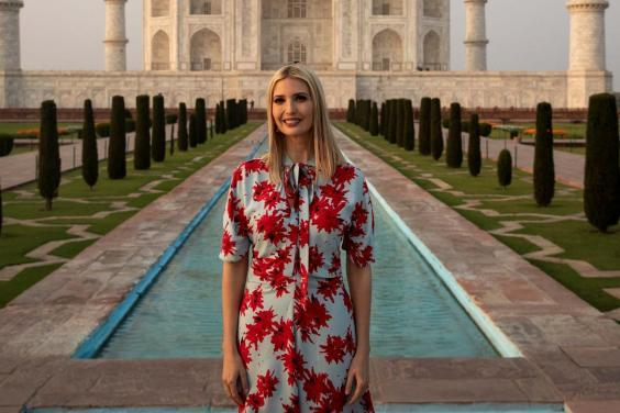 Detail of a picture by Al Drago of Reuters showing Ivanka Trump in front of the Taj Mahal (REUTERS / Al Drago)
