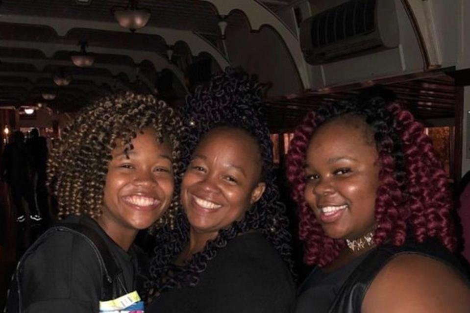 "<p>The family of Breonna Taylor, an EMT who was shot and killed by police officers in her home in the middle of the night, has set up a GoFundMe in order to help with the fees associated with their lawsuit against the Louisville police. —Stephanie Talmadge</p> <h3><a href=""https://www.gofundme.com/f/9v4q2-justice-for-breonna-taylor"" rel=""nofollow noopener"" target=""_blank"" data-ylk=""slk:Donate Now"" class=""link rapid-noclick-resp"">Donate Now</a></h3>"