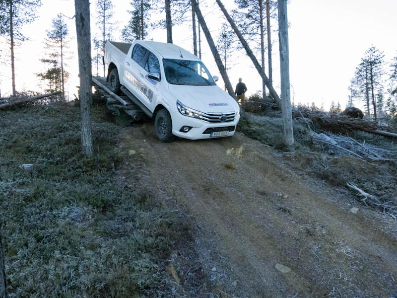 Testing the Toyota and the km3 tyres on the seesaw (David Williams)
