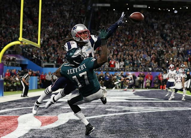 Feb 4, 2018; Minneapolis, MN, USA; New England Patriots cornerback Stephon Gilmore (24) breaks up a pass intended for Philadelphia Eagles wide receiver Alshon Jeffery (17) during the second quarter in Super Bowl LII at U.S. Bank Stadium. Mandatory Credit: Matthew Emmons-USA TODAY Sports TPX IMAGES OF THE DAY