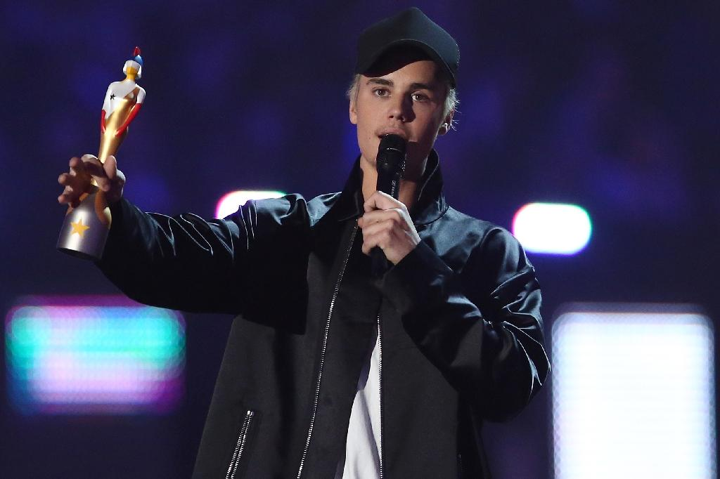"Justin Bieber's ""Sorry"" is the sixth most watched video ever on YouTube (AFP Photo/Justin Tallis)"