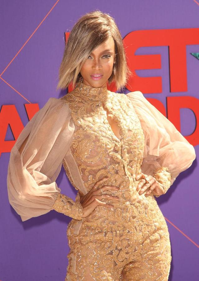 <p>Tyra Banks is the queen of smizing, and now also wearing fierce blonde bobs. (Photo: Getty Images) </p>