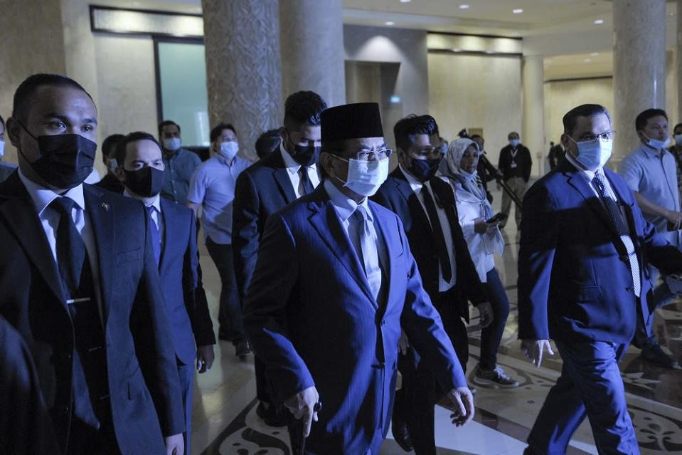 Former Sabah chief minister Tan Sri Musa Aman arrives at the Palace of Justice in Putrajaya September 8, 2020. The 33 assemblymen, then led by Musa, had filed the application on August 7 against the Head of State Tun Juhar Mahiruddin's decision to dissolve the Assembly at the advice of then chief minister Datuk Seri Mohd Shafie Apdal. — Picture by Shafwan Zaidon