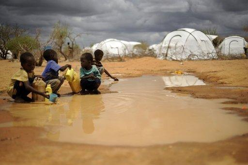 Children gather water in the Dadaab refugee camp