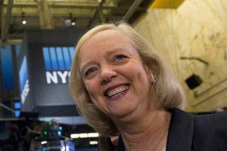 Meg Whitman, Chief Executive Officer of Hewlett-Packard is interviewed on the floor of the New York Stock Exchange November 2, 2015.  REUTERS/Brendan McDermid/File Photo