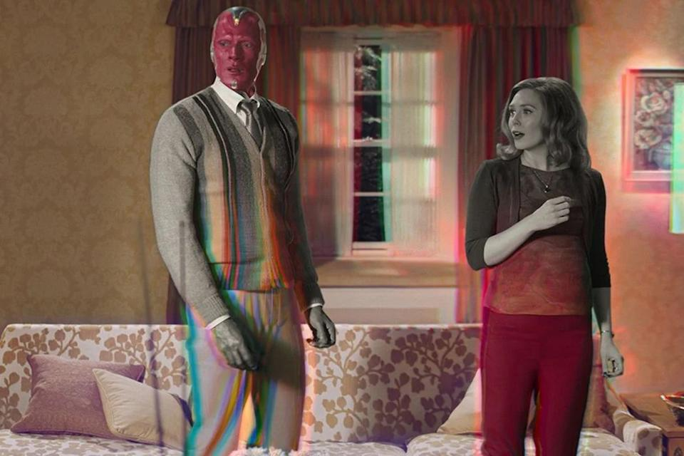 Paul Bettany and Elizabeth Olsen in Wandavision (Marvel)