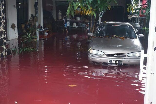Indonesia's flood water that has caused havoc
