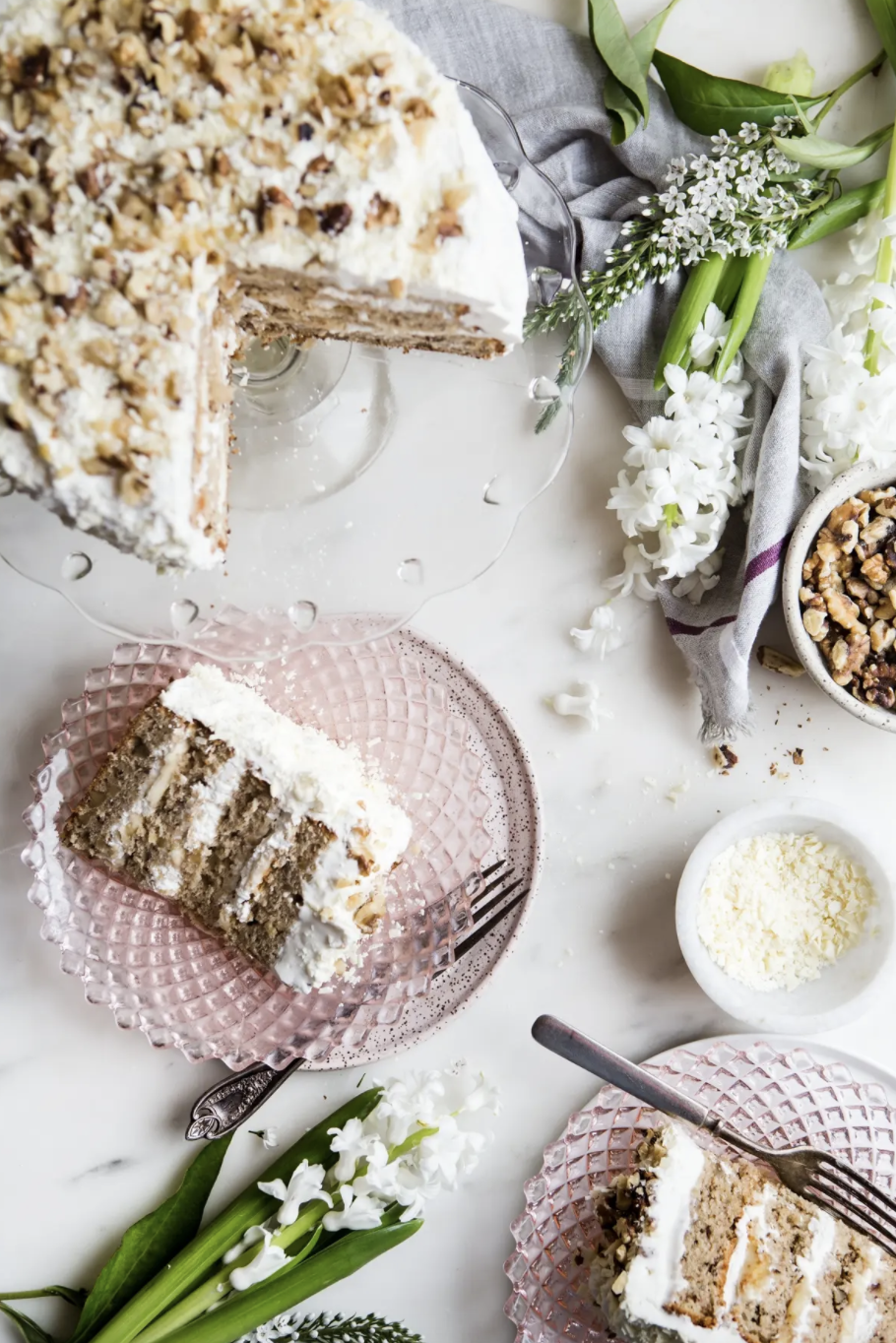 "<p>A creamy, rich banana walnut layer cake is an obvious spring bite! It'll be the perfect Easter dessert centerpiece.</p><p><strong>Get the recipe at <a href=""https://themodernproper.com/banana-walnut-cake"" rel=""nofollow noopener"" target=""_blank"" data-ylk=""slk:The Modern Proper"" class=""link rapid-noclick-resp"">The Modern Proper</a>.</strong></p><p><strong><a class=""link rapid-noclick-resp"" href=""https://go.redirectingat.com?id=74968X1596630&url=https%3A%2F%2Fwww.walmart.com%2Fsearch%2F%3Fquery%3Dcake%2Bpans&sref=https%3A%2F%2Fwww.thepioneerwoman.com%2Ffood-cooking%2Fmeals-menus%2Fg35408493%2Feaster-desserts%2F"" rel=""nofollow noopener"" target=""_blank"" data-ylk=""slk:SHOP CAKE PANS"">SHOP CAKE PANS</a><br></strong></p>"