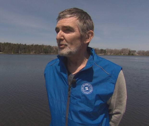 The most important thing you can do to prepare for a boat ride during the long weekend? Wear a life jacket, according to Barry Fordham. (CBC - image credit)