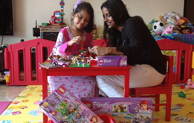 Mother and daughter bonding over Lego. (Dharshini Gopalakrishnakone)