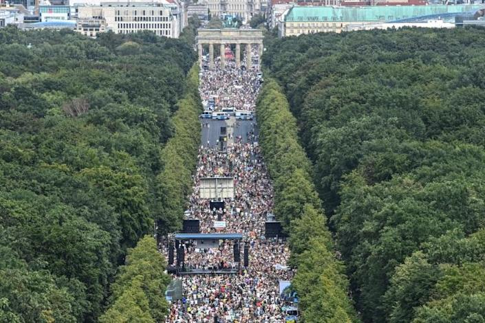Thousands protested in Berlin against the virus curbs (AFP Photo/John MACDOUGALL)
