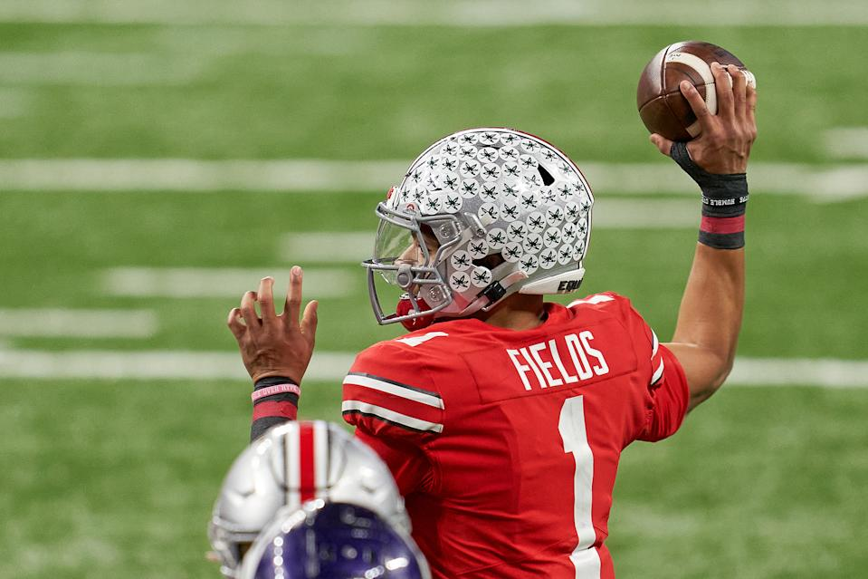 Ohio State quarterback Justin Fields throws in the Big Ten Championship game against Northwestern. (Photo by Robin Alam/Icon Sportswire via Getty Images)