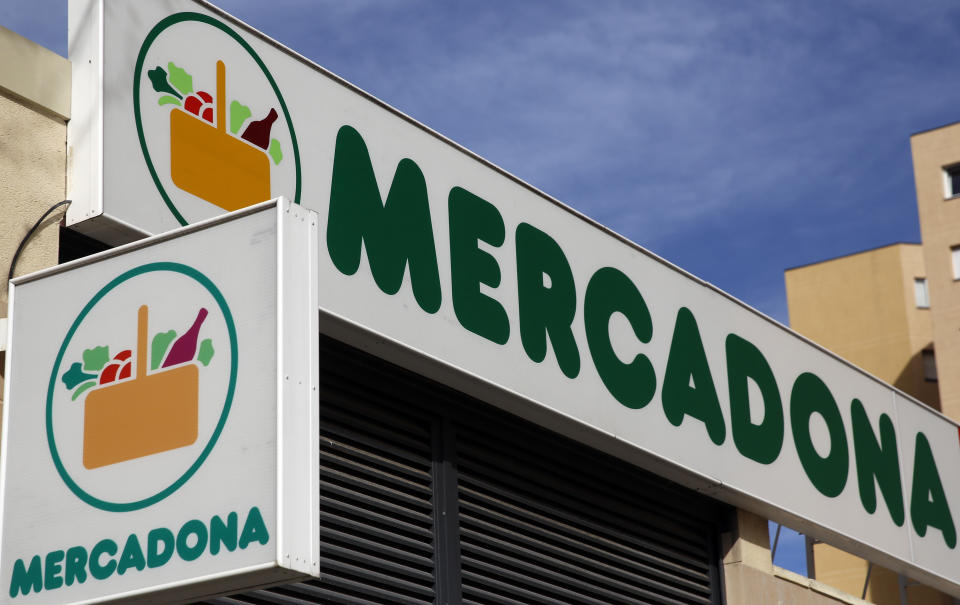 The logo of Mercadona, the leader in the retail industry in Spain, hangs outside one of its supermarkets in Madrid, Spain, March 4, 2016. REUTERS/Sergio Perez