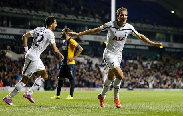 The first hat-trick of Harry Kane's career occurred in October, 2014 against Asteras Tripolis. A header at the back post secured a treble and he ended the night in goal after Hugo Lloris was sent off
