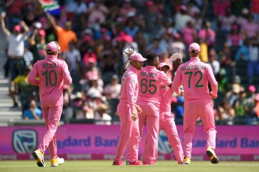 South African played in pink to raise awareness for breast cancer