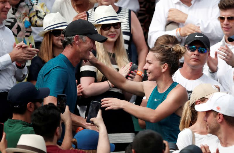 U.S. Open protocols won't work for Halep, says coach Cahill