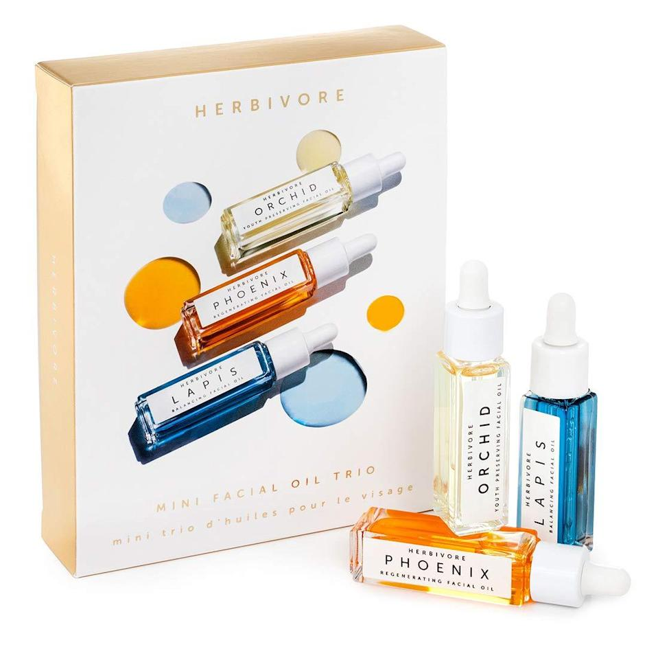 """<h3><a href=""""https://amzn.to/2NWdux0"""" rel=""""nofollow noopener"""" target=""""_blank"""" data-ylk=""""slk:Herbivore Botanicals Mini Facial Oil Trio"""" class=""""link rapid-noclick-resp"""">Herbivore Botanicals Mini Facial Oil Trio</a></h3><br>Get your D.I.Y. frenzied friend onto a skincare kick with a beginner's oil blending kit.<br><br><strong>Herbivore Botanicals</strong> Mini Facial Oil Trio, $, available at <a href=""""https://amzn.to/2NWdux0"""" rel=""""nofollow noopener"""" target=""""_blank"""" data-ylk=""""slk:Amazon"""" class=""""link rapid-noclick-resp"""">Amazon</a>"""