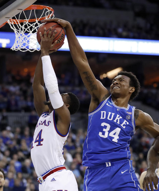 Duke freshman big man Wendell Carter has some serious defensive potential. (AP)