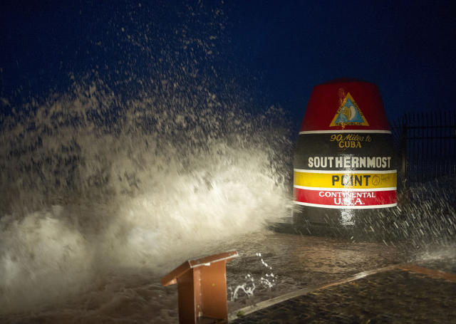 <p><strong>Key West</strong><br> Waves crash against the Southernmost Point in Key West, Fla., Sept. 9, 2017. (Photo: Rob O'Neal/The Key West Citizen via AP) </p>