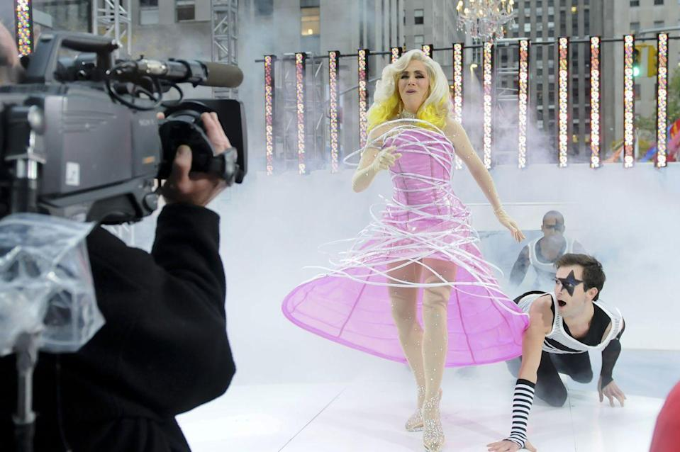 "<p>Meredith gave Lady Gaga's little monsters everywhere something to talk about when she stepped out in a pink hoop gown and belted out ""Bad Romance."" Now, that's dedication right there! </p>"