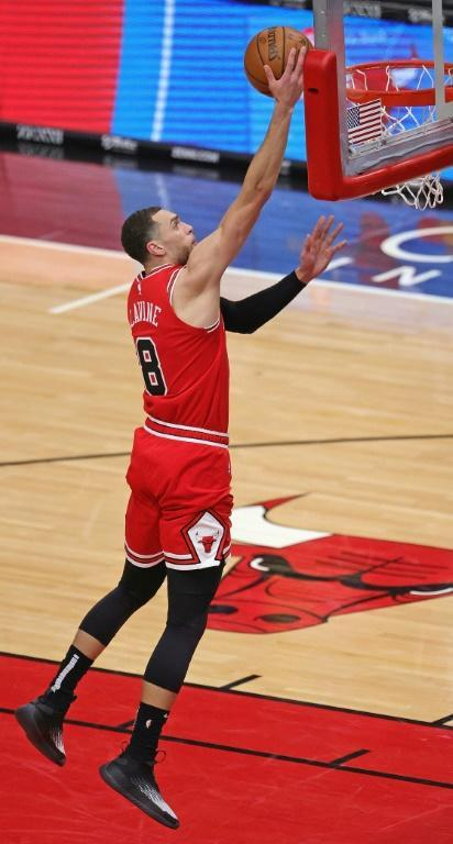 Zach LaVine, des Chicago Bulls, contre les Minnesota Timberwolves en NBA le 24 février 2021 au United Center à Chicago