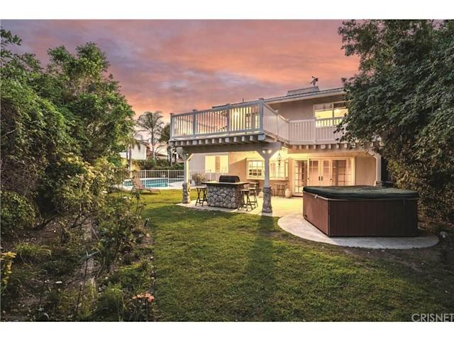 <p>Los Angeles, U.S.<br> 2,365-square-foot, entertainer's home with a pool<br> 4 bedrooms, 3 bathrooms<br> (<span>Point2Homes</span>) </p>