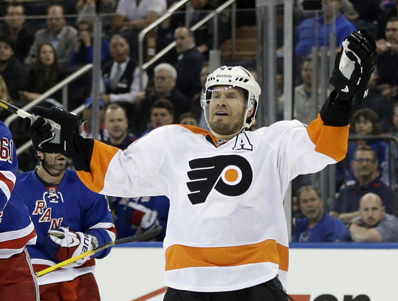 Flyers D Timonen out with blood clots
