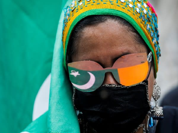 Human rights group holds rally in Pakistan, recalls victims of enforced disappearance [Image: Reuters image]