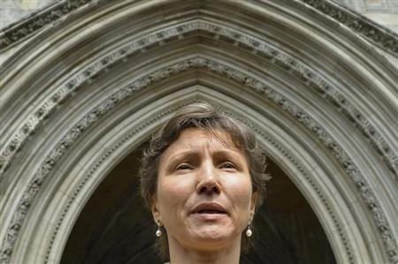 Maria Litvinenko, the widow of former Russian spy Alexander Litvinenko, leaves the High Court in London