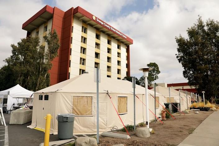 SANTA ANA-CA-DECEMBER 11, 2020: Triage tents are set up outside of the Emergency Room at Orange County Global Medical Center in Santa Ana on Friday, December 11, 2020. (Christina House / Los Angeles Times)