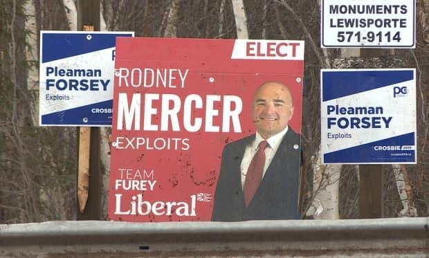 A political consensus is building in Botwood: Both Liberal and PC candidates say they will restore 24-hour emergency room coverage to the town's hospital.