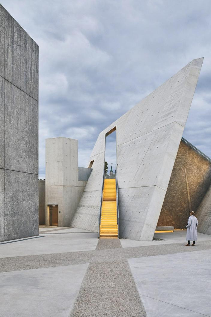 Daniel Libeskind's design for Ottawa's National Holocaust Museum consists of six concrete triangles—a reference to the yellow Star of David that Jews were forced to wear and the triangular identification badges that were mandatory for other victims, such as gays and lesbians, Sinti and Roma, and Jehovah's Witnesses. Large-scale photographs by Edward Burtynsky are reproduced on the concrete walls, creating a haunting and moving display.