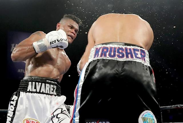 Eleider Alvarez finished off Sergey Kovalev in the seventh round with a right hook and left uppercut combination and at that point the referee stepped in with 15 seconds before the bell (AFP Photo/ELSA)