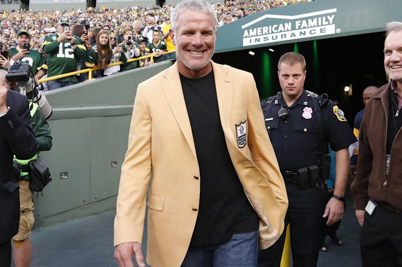 Favre denies auditor's claim he was paid for no-show work
