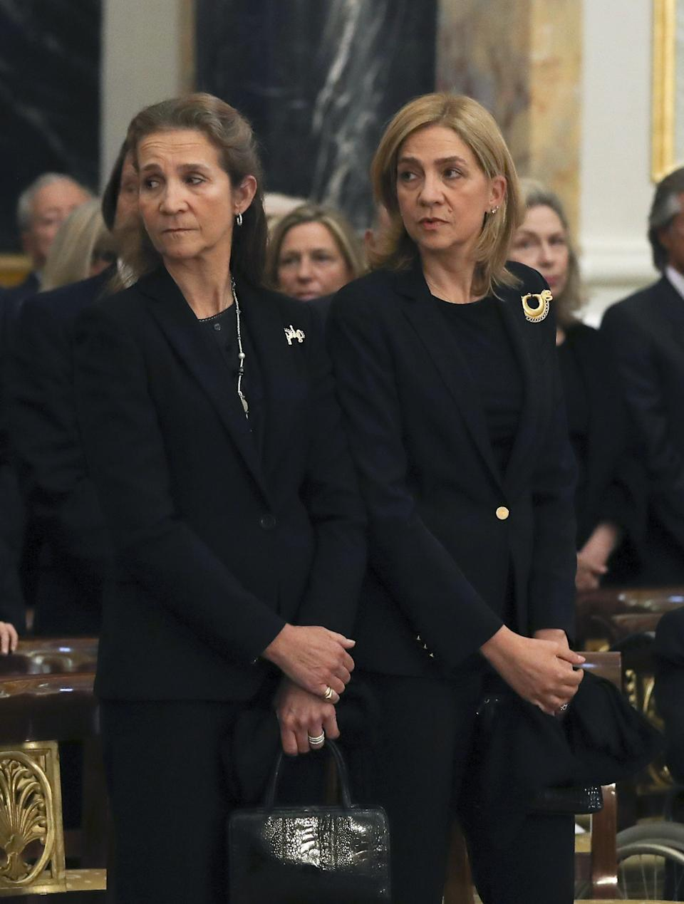 MADRID, SPAIN - MAY 11:  Princess Elena and Princess Cristina attend the funeral of the Infanta Alicia de Borbon-Parma in the chapel of the Royal Palace, on May 11, 2017 in Madrid, Spain. (Photo by Ballesteros - Pool/Getty Images)