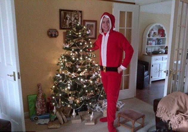 Olly Murs also dressed up as Father Christmas. We know plenty of people who would have liked to seen the pop star turn up in their living rooms.