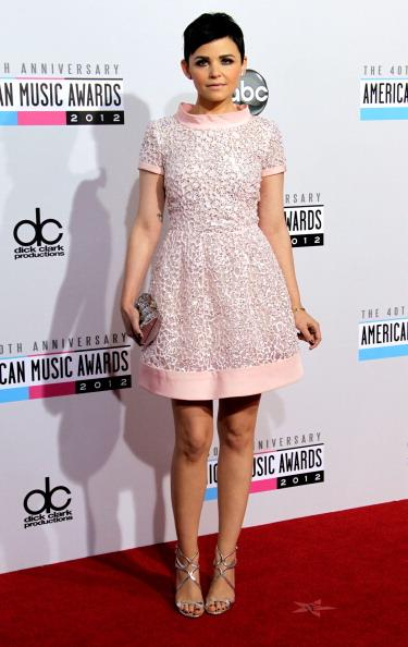Ginnifer Goodwin arrives on the 2012 American Music Awards red carpet.