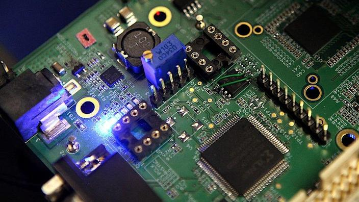 Semiconductors on circuit boards
