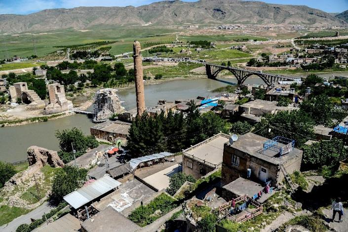 Turkish officials have promised to relocate the historic monuments of Hasankeyf before the town is flooded as part of a hydroelectric dam project (AFP Photo/ILYAS AKENGIN)