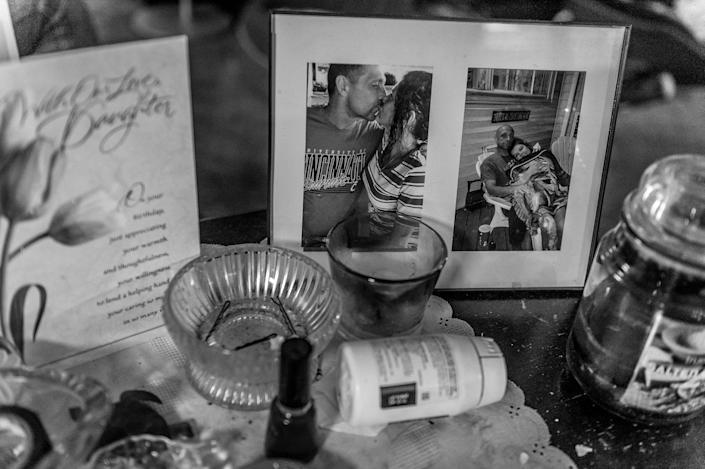 <p>Gene Robinson and Terri Fugate have been together for two years. Gene is a recovering heroin addict, now on Suboxone. (Photograph by Mary F. Calvert for Yahoo News) </p>