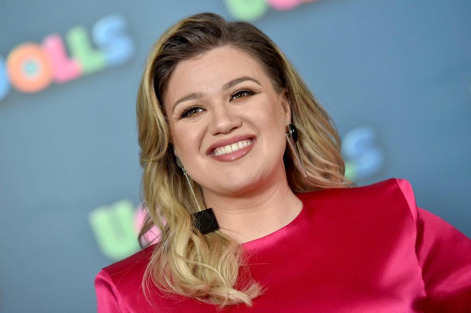 Kelly Clarkson Just Gave a Fan Brutally Honest Dating Advice Amid Her Divorce