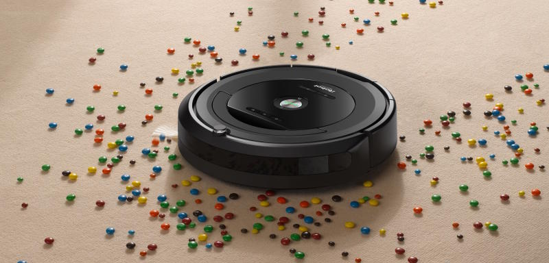 Roomba by iRobot 680 Robot Vacuum (Photo: Walmart)
