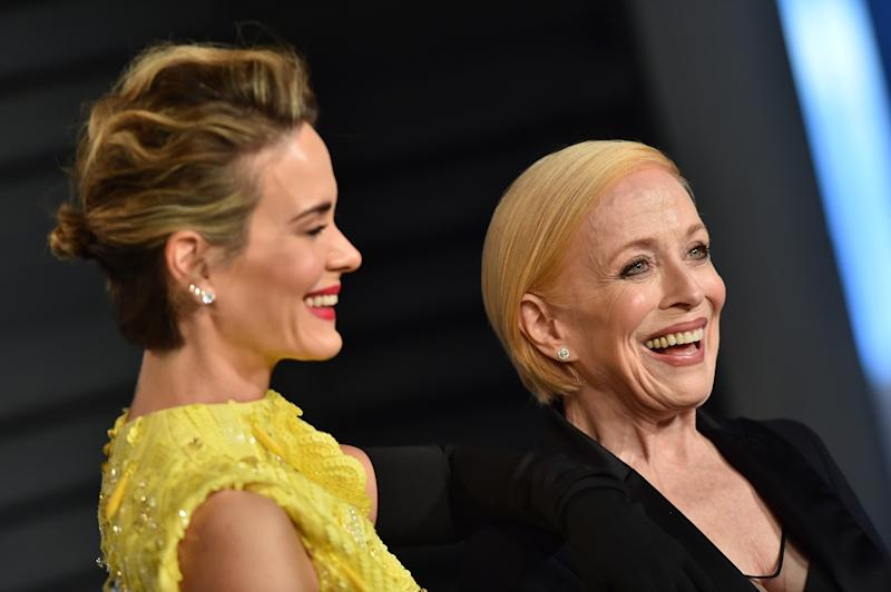 Sarah Paulson with Holland Taylor, who is 32-years her senior. [Photo: Getty]