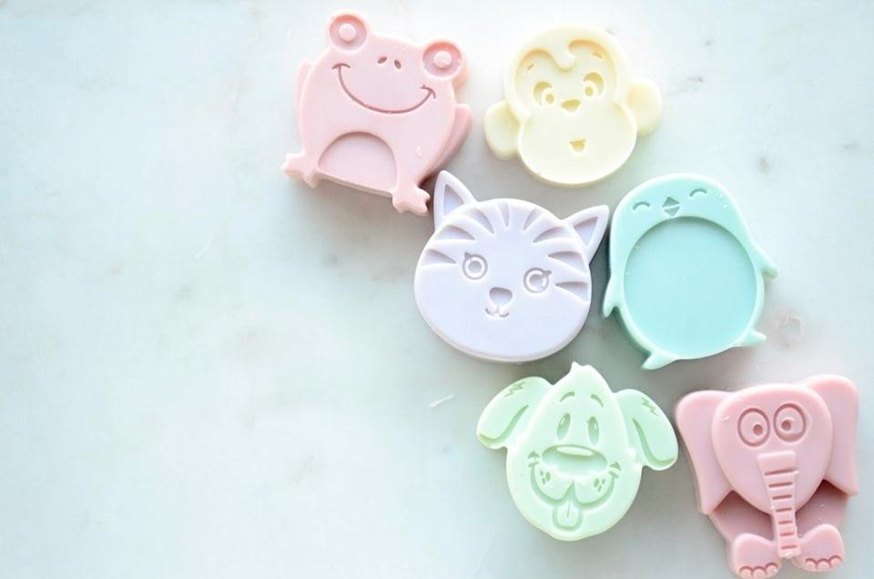 """They're shaped like cute animals and made with moisturizing ingredients like coconut oil and lavender oil that'll help leave skin very soft.<br /><br /><a href=""""https://www.zaaina.com/"""" target=""""_blank"""" rel=""""noopener noreferrer"""">Zaaina</a> is a small bath and beauty business founded by a South Asian woman. The company is known for clean products made with simple ingredients that don't irritate sensitive skin.<br /><br /><strong><a href=""""https://www.zaaina.com/products/kids-natural-soap-bars"""" target=""""_blank"""" rel=""""noopener noreferrer"""">Get it from Zaaina for$6.99(available in five animals and three quantities).</a></strong>"""