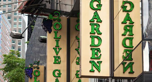 A Times Square branch of the Olive Garden restaurant chain on Friday, November 1, 2013. (© Richard B. Levine)